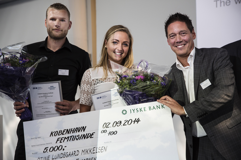 3rd Supply Chain Leaders Forum 2014 - Copenhagen Denmark From left: Jesper Eichler Jacobsen (winner), Stine Lundsgaard Mikkelsen (winner), Sacha Mendes da Silva (GS1)
